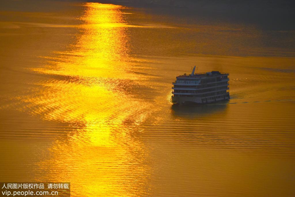 长江三峡库区上游水位达到164.66米 又现高峡平湖美景【4】